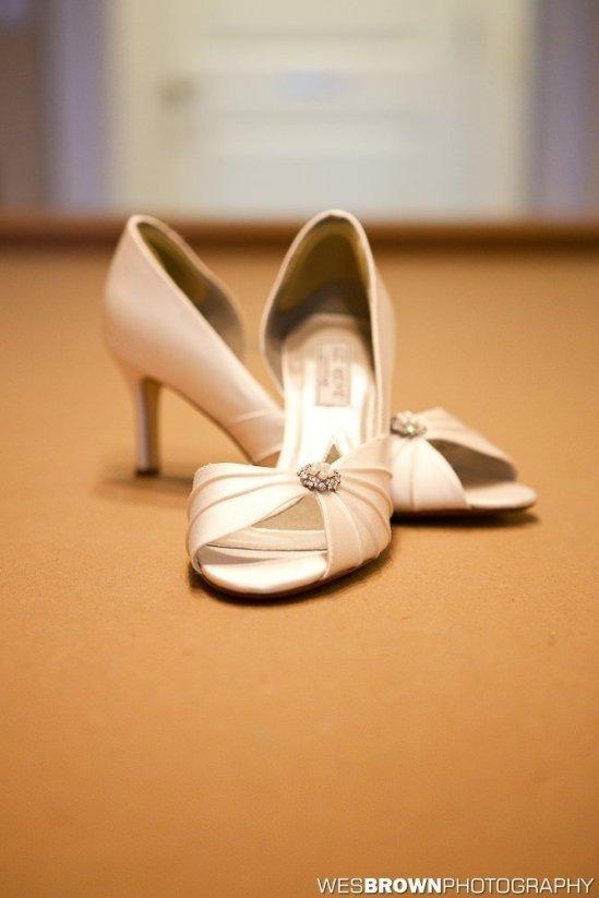 0243_9371_20110910_Krista_and_Jordan_Carter-Wedding- Facebook