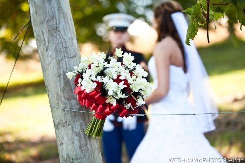 0326_2412_20110924_Taylor_and_Michael-Wedding- Facebook