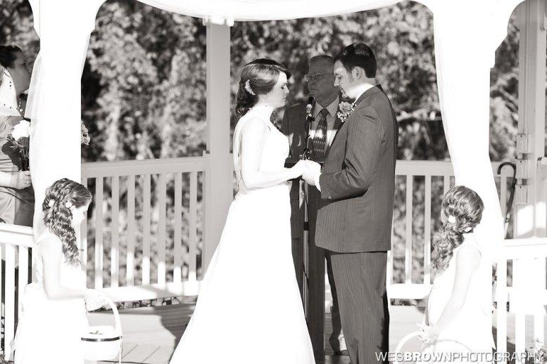0814_0528_20110910_Krista_and_Jordan_Carter-Wedding- Facebook