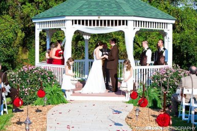 0839_0575_20110910_Krista_and_Jordan_Carter-Wedding- Facebook