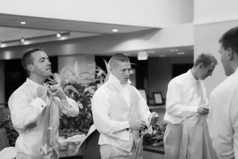 0264_LOOS_WEDDING-20130817_1087_Preperation
