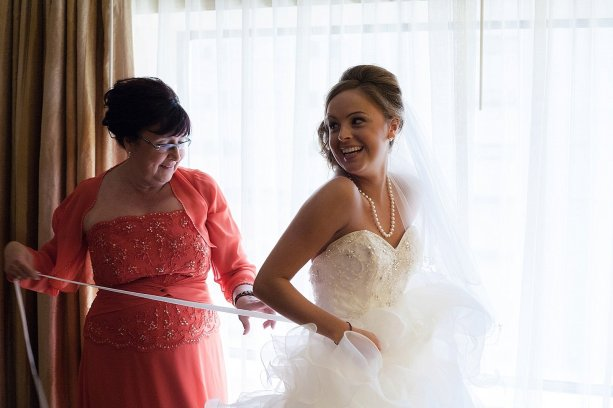 0069_141004-142541_Dillow-Wedding_Preperation_WEB
