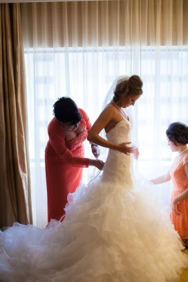 0084_141004-142955_Dillow-Wedding_Preperation_WEB