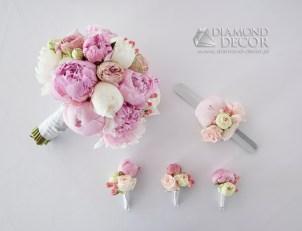 Bukiet ślubny, butonierki, opaska kwiatowa na rękę