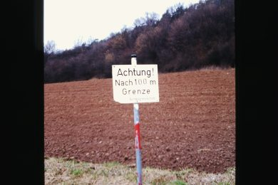 Caution! Border!