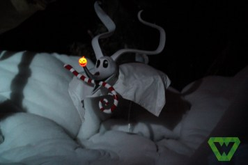 Haunted Mansion Christmas (23)