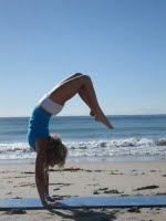 yoga-handstand