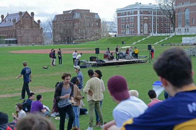 The WesFest picnic on April 19. Photo via Olivia Drake and the Wesleyan Connection.