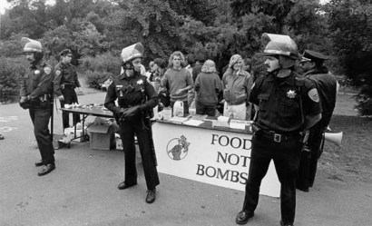 food not bombs and police