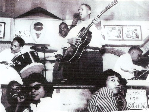Wes und seine Brüder. Ein Foto aus den frühen 1950er Jahren