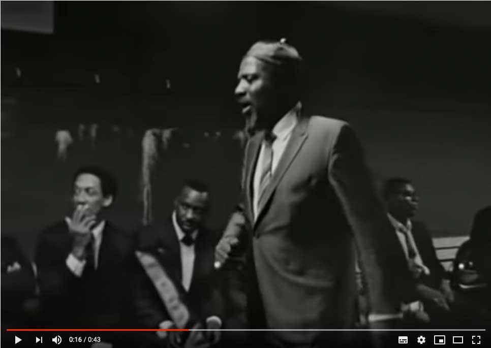 Seltenes Video-Dokument: Monk tanzt und die Montgomery Brothers schauen zu