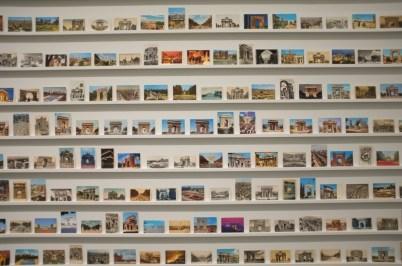 pocztówki w MACBA