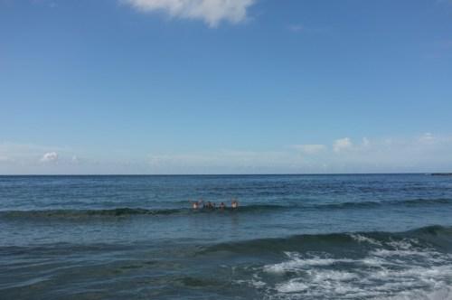 Faceci w wodzie