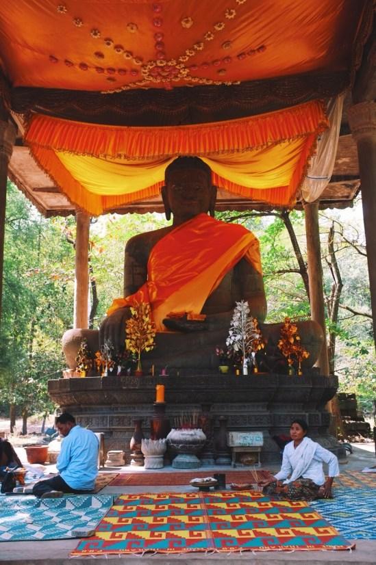 miejsce kultu w Angkor Thom, zajmują się nim okoliczni mnisi i mieszkańcy