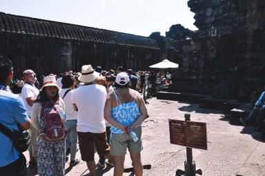 kolejka na szczyt Angkor Wat