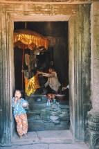 życie w Angkorze   photo by Magdalena Garbacz - Wesołowska