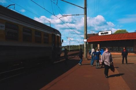stacja kolejowa w Majori
