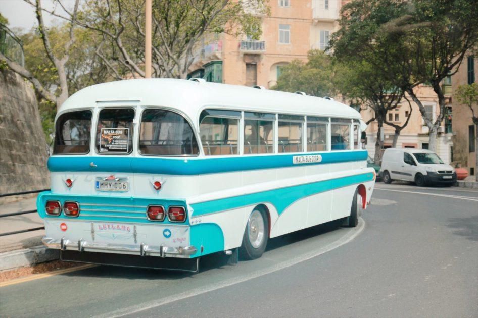 Malta, zabytkowe autobusy