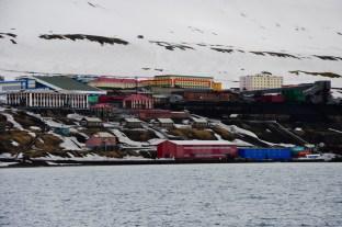 Barentsburg widziany ze statku