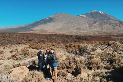 nasza grupa z Teide w tle