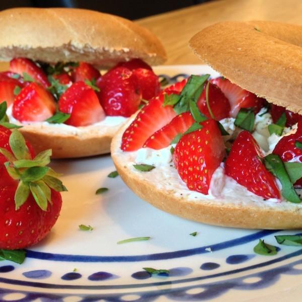 aardbeien-bagels2
