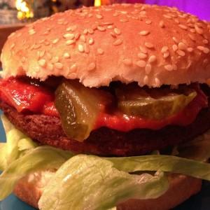 vega-burger-met-country-ketchup3