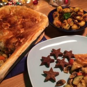 Kerstgroenten stoofpotje met bladerdeegkorst