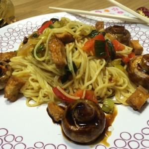 noedels-met-ketjap-champignons4