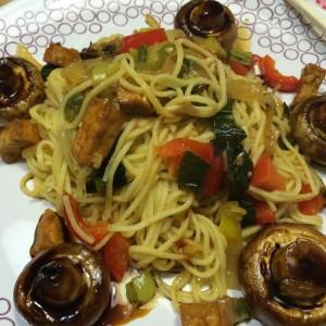 noedels-met-ketjap-champignons8