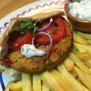 pita-groenteburger-tzatziki-8