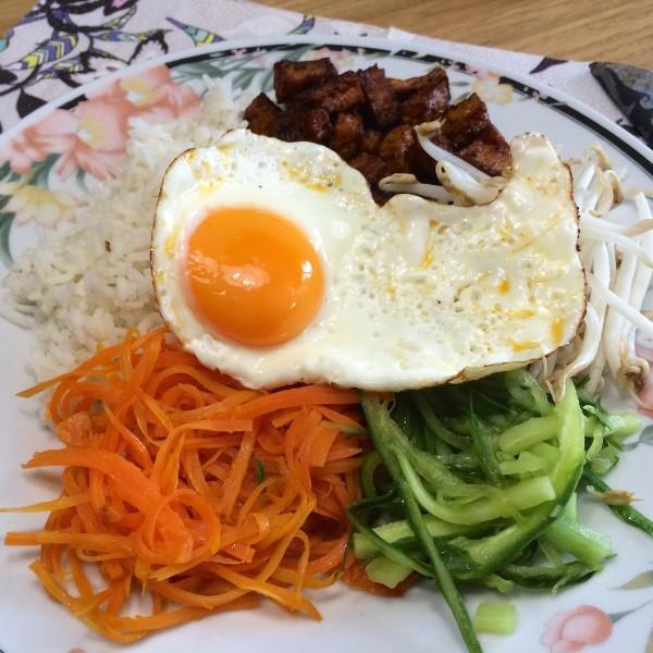 Koreaanse bibimbap1