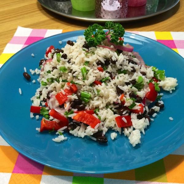 Zomere-rijstsalade-zwarte-bonen2