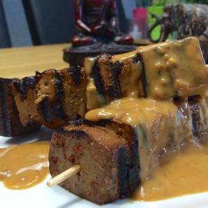 gemarineerde-tofu-spiesjes2