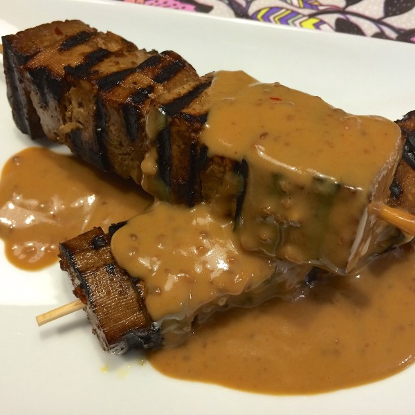 Gemarineerde tofu-spiesjes
