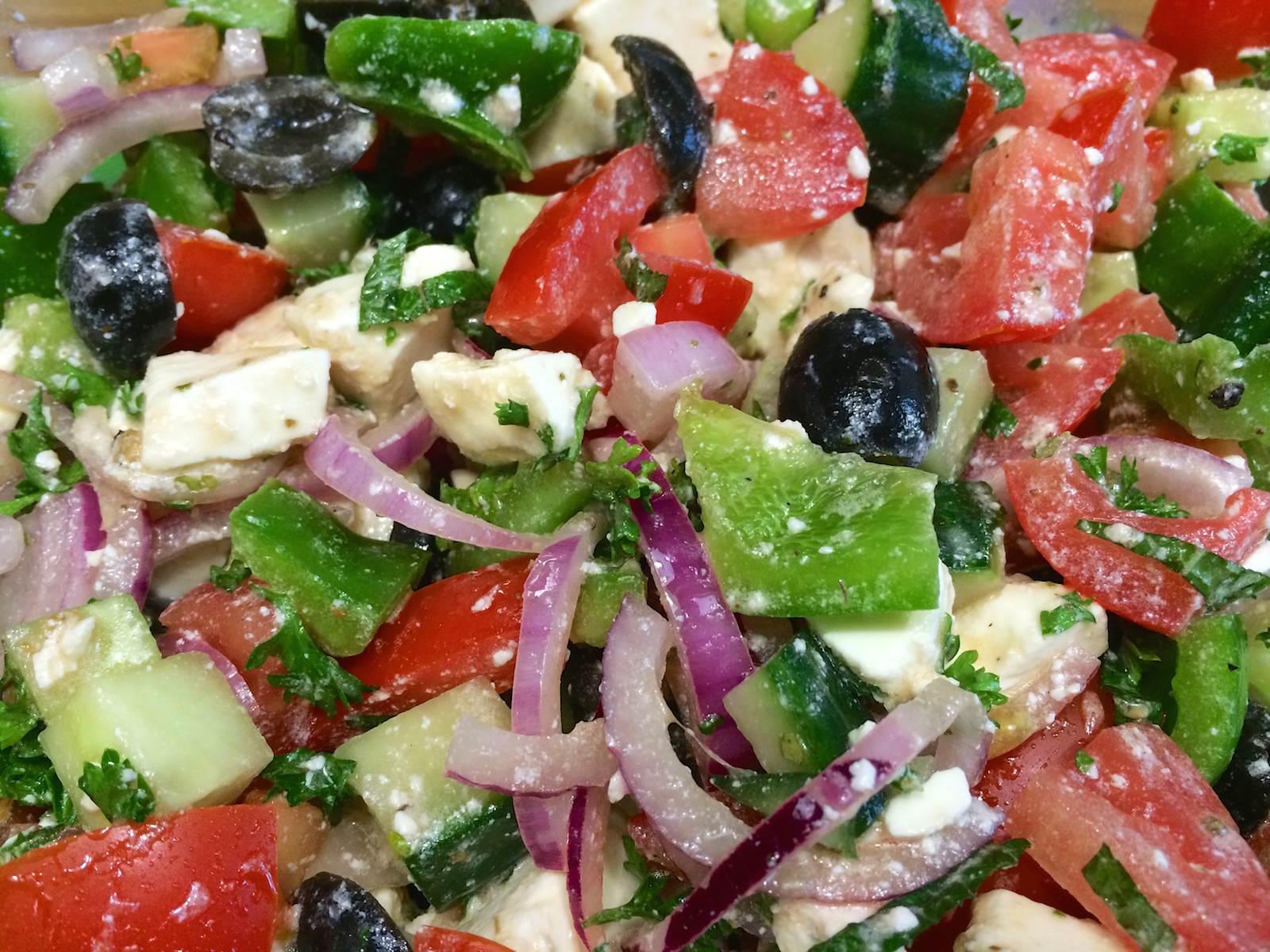 griekse salade origineel grieks recept. Black Bedroom Furniture Sets. Home Design Ideas