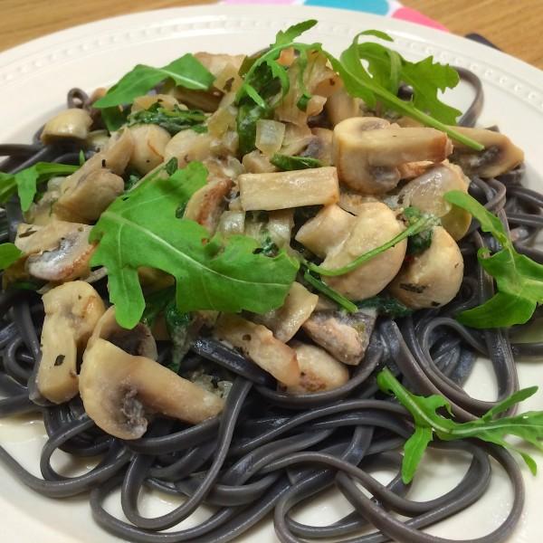 zwarte pasta funghi4