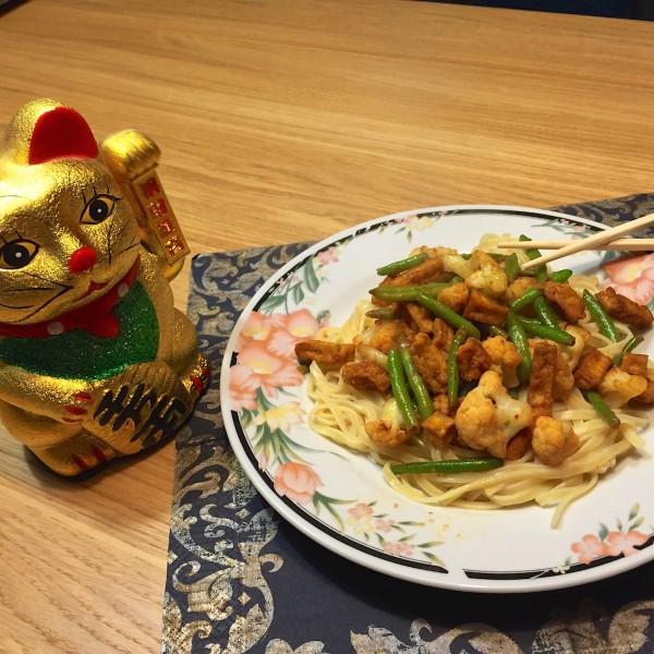 thaise-bloemkool-met-mie1