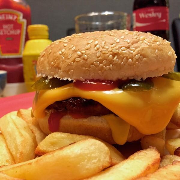 vegetarische cheeseburger2