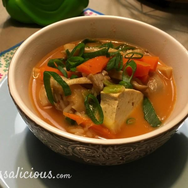 Thaise Tom Yam soep met tofu