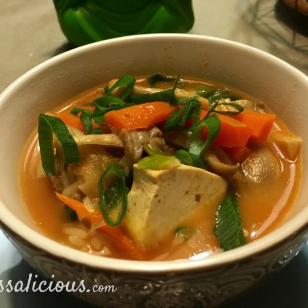 pittige Thaise Tom Yam soep