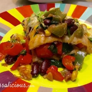 Gesneden Mexicaanse ovenschotel met spinazie