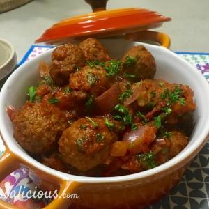 Vegetarische Arabische gehaktballetjes met yoghurtdip (eindresultaat)