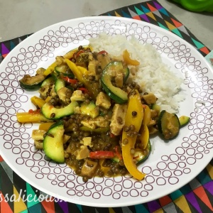Pittige Thaise linzen-curry