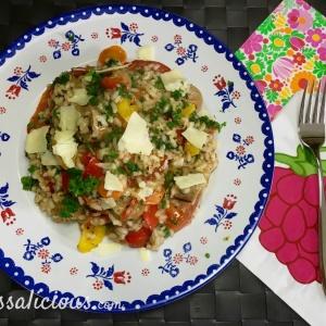 Risotto met vegetarische worst en paprika