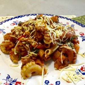 Italiaanse roerbak-pasta