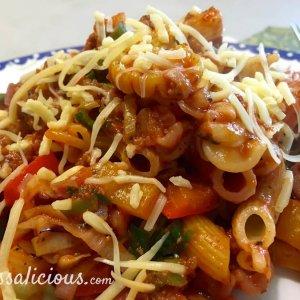 Italiaanse roerbak-pasta met paprika