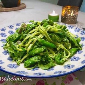 Verse Pasta met rucola-pesto en sugar snaps