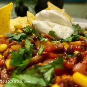 Mexicaanse linzen chili met koriander