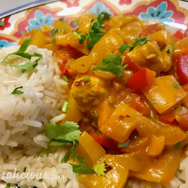 Eindresultaat Paprika curry met rijst