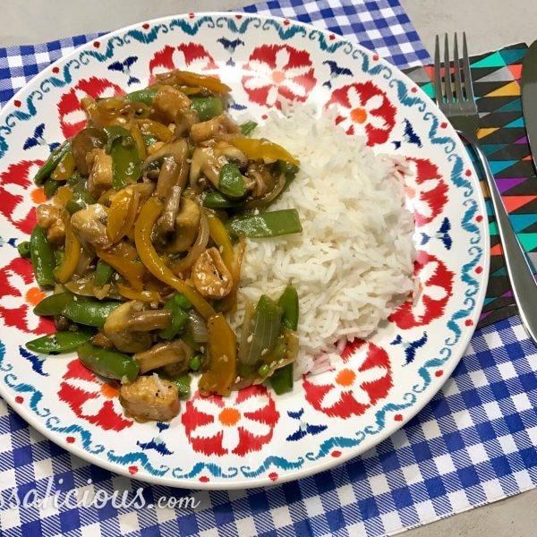 Eindresultaat Oosterse groenteschotel met knoflook